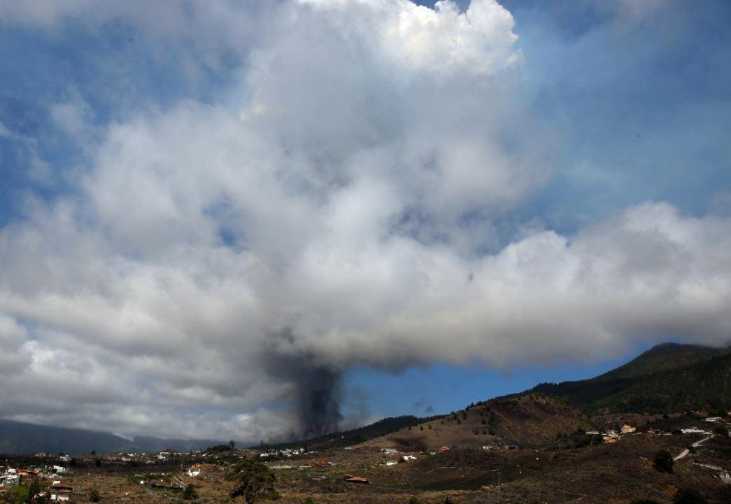 spain_volcano.JPG