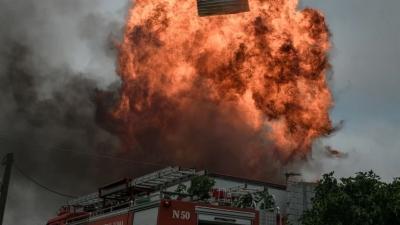 Σε ύφεση οι καταστροφικές πυρκαγιές στην Αττική – Σε επιφυλακή οι πυροσβεστικές δυνάμεις για αναζωπυρώσεις