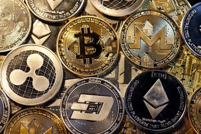 Κρυπτονομίσματα αξίας 1,5 τρισ σπάνε ρεκόρ - Το Bitcoin 49.700 δολ και με arbitrage – Το Dogecoin έγινε Honda Civic