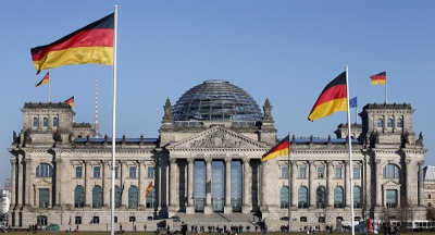 Γερμανία: Επιτροπή της Bundestag αμφισβητεί το γερμανικό όχι στις ελληνικές απαιτήσεις για πολεμικές αποζημιώσεις