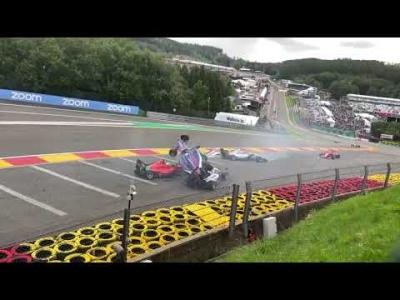 W Series: Σφοδρό ατύχημα τουλάχιστον έξι μονοθεσίων στο βελγικό Grand Prix (video)