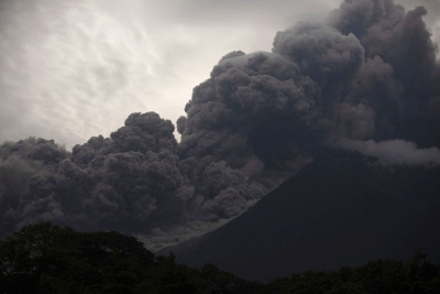 Ενεργοποιήθηκε εκ νέου το φονικό ηφαίστειο «Ελ Φουέγο» στη Γουατεμάλα
