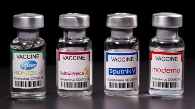 Καταρρέουν μύθοι: Οι μεταλλάξεις χτυπούν τους ηλικιωμένους εμβολιασμένους που νοσούν βαριά και τα ανεμβολίαστα παιδιά ήπια
