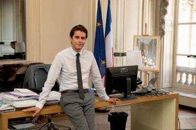 Attal (Γαλλία) :Τηλεφωνική επικοινωνία Biden με Macron τις επόμενες ημέρες με φόντο τη συμφωνία AUKUS