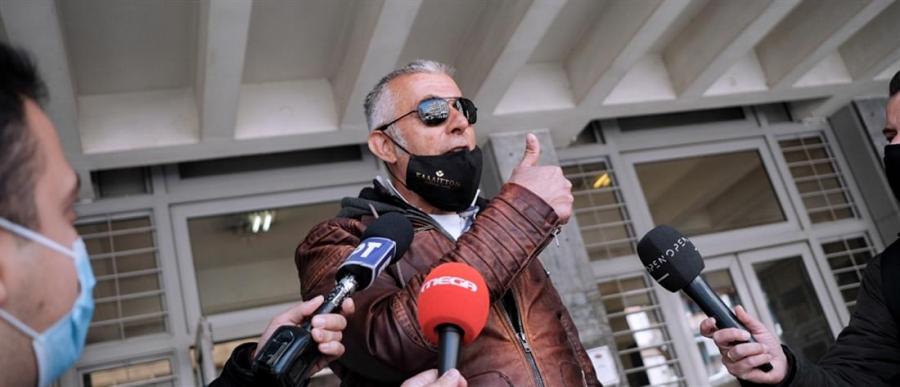 Θεσσαλονίκη: Ελεύθερος ο πατέρας του μαθητή που αρνήθηκε να κάνει self test