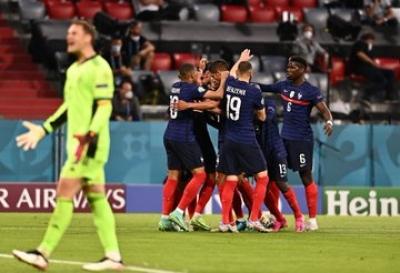 Γαλλία – Γερμανία 1-0: Αυτογκόλ ο Χούμελς και μπροστά οι Τρικολόρ! (video)