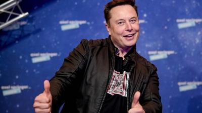 Για ποιον λόγο θέλει τώρα ο Elon Musk να «χαρίσει» 100 εκατ. δολάρια;