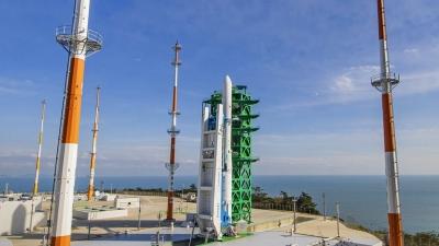 Νότια Κορέα: Αποτυχημένη η πρώτη προσπάθεια εκτόξευσης πυραύλου στο διάστημα