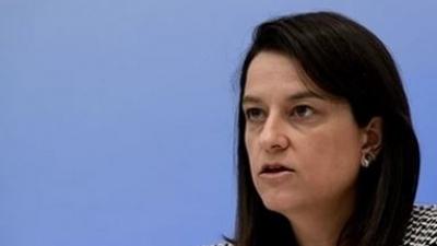 Κεραμέως για επίθεση Ρουβίκωνα με τρικάκια στο σπίτι της: Αντιδημοκρατικές πρακτικές δεν μας φοβίζουν