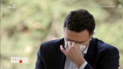 «Λύγισε» ο Βασίλης Κικίλιας και ξέσπασε σε δάκρυα για τους υγειονομικούς