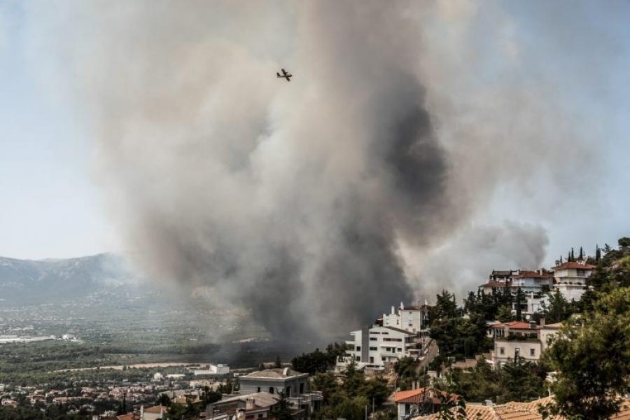ΑΔΜΗΕ: Η φωτιά στη Βαρυμπόμπη δεν ξεκίνησε από εγκαταστάσεις του Διαχειριστή