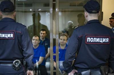 Ρωσία και Ουκρανία προχώρησαν σε ανταλλαγή αιχμαλώτων για πρώτη φορά μετά τον πόλεμο του 2014