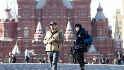 Υποχωρεί ο κορωνοϊός στη Ρωσία μετά τον μαζικό εμβολιασμό - Κατά 30% μειώθηκαν τα κρούσματα