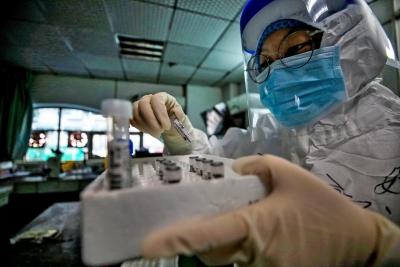 Έως και το 25% των ανδρών με κορωνοϊό θα παρουσιάσουν διαταραχή σπέρματος