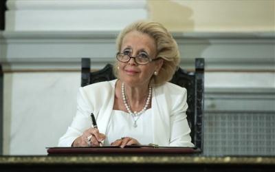 Κόντρα κυβέρνησης - ΣΥΡΙΖΑ για την απομάκρυνση Θάνου από την Επιτροπή Ανταγωνισμού