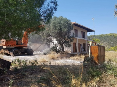 ΥΠΕΝ: Νέες κατεδαφίσεις στην περιοχή Μαραθώνα - Διονύσου