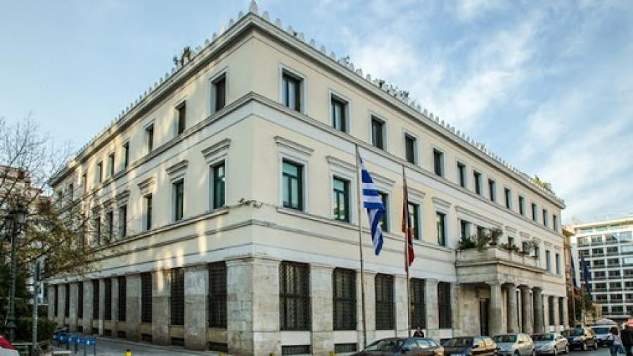 Ο Δήμος Αθηναίων στηρίζει τις επιχειρήσεις, συνεχίζοντας την απαλλαγή καταβολής τελών