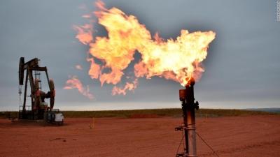 Πρωτοφανές: Αν το φυσικό αέριο ήταν… πετρέλαιο, το βαρέλι θα κόστιζε 230 δολάρια