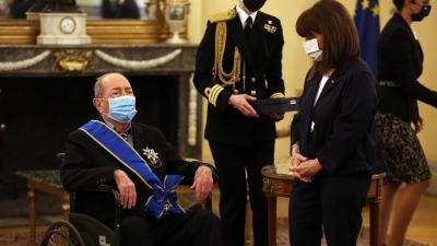 Με τον Μεγαλόσταυρο του Τάγματος της Τιμής παρασημοφορήθηκε ο 97χρονος εφοπλιστής Ιάκωβος Τσούνης
