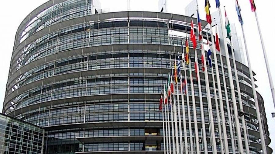 Ευρωκοινοβούλιο προς Κομισιόν: Ανάγκη μεταρρύθμισης του συστήματος Ασύλου στο νέο Σύμφωνο για τη Μετανάστευση