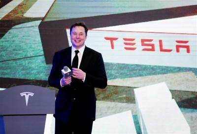 Tesla: Ρεκόρ για τις παραδόσεις οχημάτων το 2020 αλλά χάθηκε ο στόχος του Elon Musk