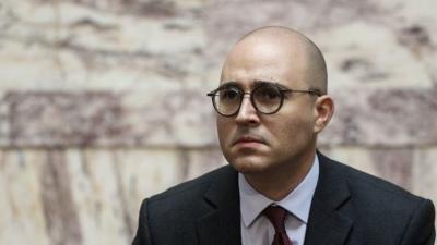 Βουλή: Ο Μπογδάνος πρότεινε παρακράτηση 100 ευρώ όταν βουλευτής λέει ψέματα