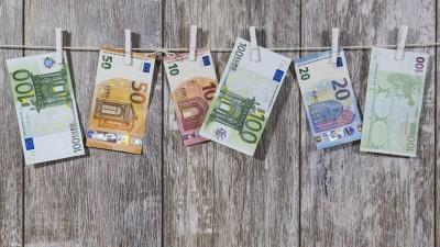 Βροχή αιτήσεων από πλούσιους του εξωτερικού για εγκατάσταση στην Ελλάδα με τον θεσμό του «διαμένοντος μη κατοίκου» ή Non-Dom
