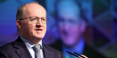 Lane (ΕΚΤ): Η ευρωζώνη αντιμετωπίζει μεγαλύτερης διάρκειας επιβράδυνση - Ανάγκη για μεγαλύτερη δημοσιονομική στήριξη