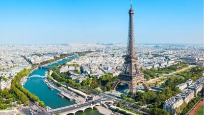Η Γαλλία εντάσσεται ξανά στην Ευρωπαϊκή Επιτροπή Ταξιδιών