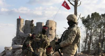 Διαψεύδει η Τουρκία ότι εμποδίζει την αποχώρηση Κούρδων μαχητών από τη  βόρεια Συρία
