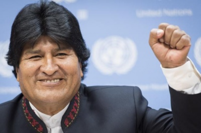 Πρόθυμος και έτοιμος να επιστρέψει στη Βολιβία ο Evo Morales για να αμβλύνει την έκρυθμη κατάσταση