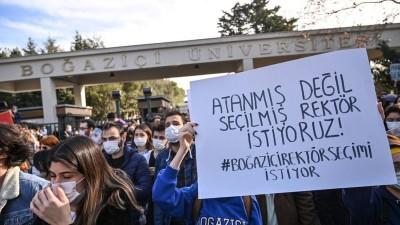 Τουρκία: Φοιτητική εξέγερση για τον διορισμό Πρύτανη στο Πανεπιστήμιο του Βοσπόρου με διάταγμα του Erdogan
