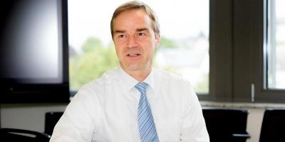 Rolf Strauch (ESM): Η Ελλάδα θα έχει χαμηλά επιτόκια για τα επόμενα χρόνια χάρη στον ESM