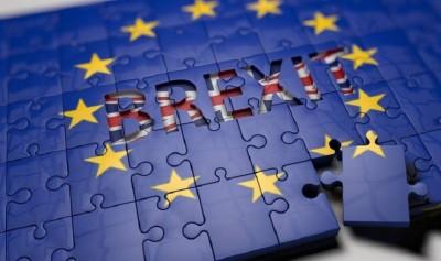 Deutsche Bank: Υψηλό το κόστος του Brexit, είτε υπάρξει συμφωνία είτε όχι