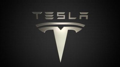 Tesla: Πτώση 15% στη μετοχή, έμεινε εκτός του δείκτη S&P 500 - Στα 389 δισ. η αποτίμηση