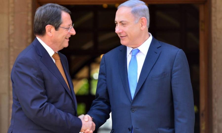 Κύπρος: Ο Αναστασιάδης παρακάμπτει την ΕΕ και ζητά εμβόλια από το Ισραήλ