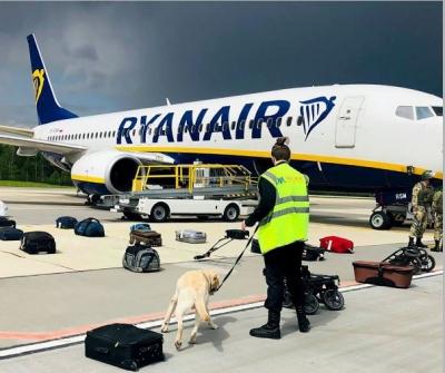 Οργή για την αεροπειρατία του Lukashenko - Ryanair: Πράκτορες της KGB στο αεροπλάνο - Κυρώσεις εξετάζει η ΕΕ