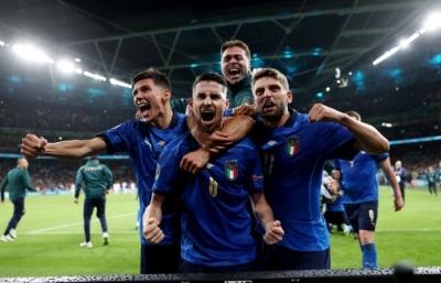 Οι πανηγυρισμοί των Ιταλών οπαδών!