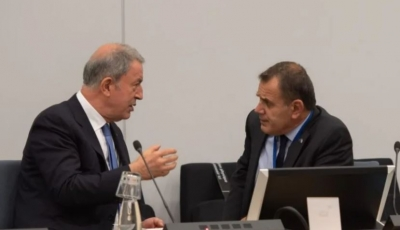 Συνάντηση Παναγιωτόπουλου - Akar: Σεβασμό των κυριαρχικών δικαιωμάτων της χώρας μας ζήτησε ο έλληνας ΥΕΘΑ
