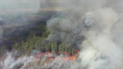 Ουκρανία: Έσβησε η πυρκαγιά κοντά στον πυρηνικό σταθμό του Τσέρνομπιλ