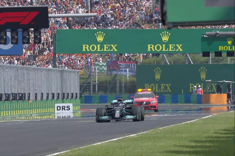 Grand Prix Ουγγαρίας: Εκκίνησε μόνος του ο Χάμιλτον και κατέληξε… τελευταίος! (video)