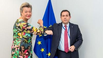 Μηταράκης (Υπ. Μετανάστευσης): Συνάντηση με την Επίτροπο Johansson – Η Τουρκία να τηρήσει τις υποχρεώσεις της για την παράνομη μετανάστευση