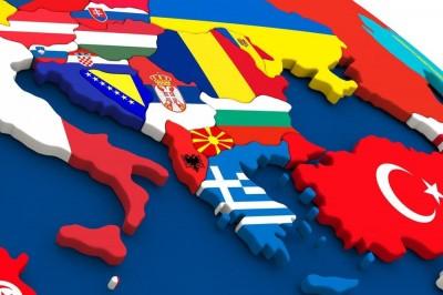 Από την «ιστορική συμφωνία των Πρεσπών» στην μεγάλη διαπραγμάτευση με την Τουρκία – Γιατί νομοτελειακά η Ελλάδα είναι χαμένη