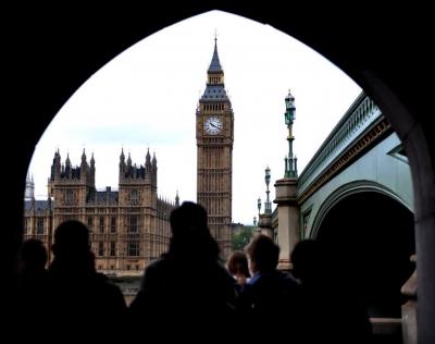 Βρετανία: Ταχύτερα των προβλέψεων +1% «έτρεξε» η οικονομία  τον Ιούνιο