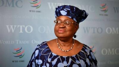 Οι δύο πρωτιές της νέας επικεφαλής του Παγκόσμιου Οργανισμού Εμπορίου Ngozi Okonjo-Iweala