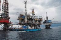 Σε χαμηλό 5,5 ετών το πετρέλαιο - Δίχως τέλος η κατηφόρα για την τιμή του αργού