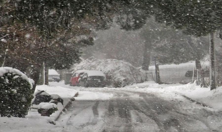 Κακοκαιρία «Λέανδρος»: Σταμάτησε η χιονόπτωση στην Κεντρική Μακεδονία – Με αλυσίδες η κυκλοφορία στα ορεινά