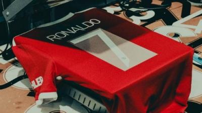 Μάντσεστερ Γιουνάιτεντ: Παίρνει μόλις 5 λίρες για κάθε πώληση φανέλας του Κριστιάνο Ρονάλντο!