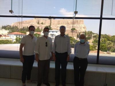 Στο Μουσείο της Ακρόπολης ο πρωθυπουργός του Λουξεμβούργου με ξεναγό τον Αντώνη Σαμαρά