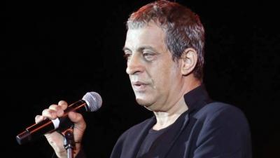 Θέμης Αδαμαντίδης - Συνελήφθη σε παράνομη χαρτοπαικτική λέσχη ο τραγουδιστής